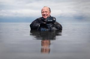 Doug-Allan-Cameraman-BBC-Frozen-Planet-Blue-Life-Earth-Ocean-Giants-Editorial-Photographer-Portrait-Environmental-Gates